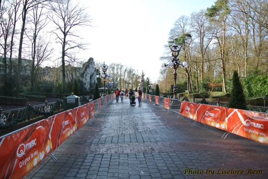 Here are the barriers for the run, passing the Octopus Restaurant.